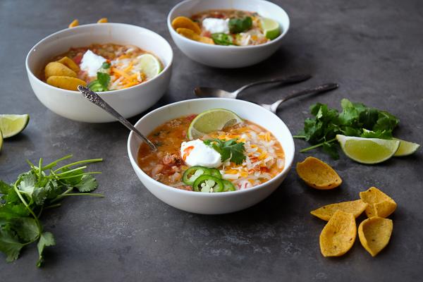 Turkey-white-bean-chili-by-Shutterbean